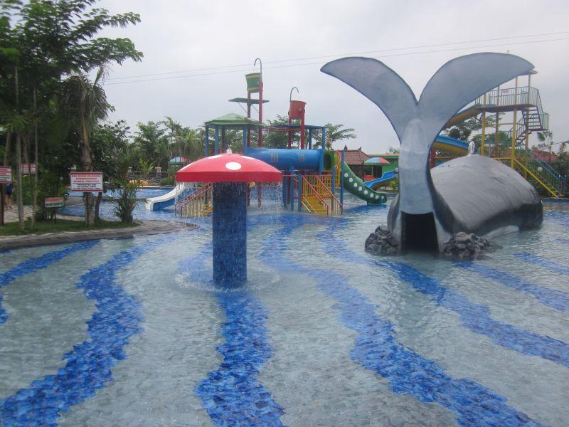 Gran Surya Water Park Lovina Seririt