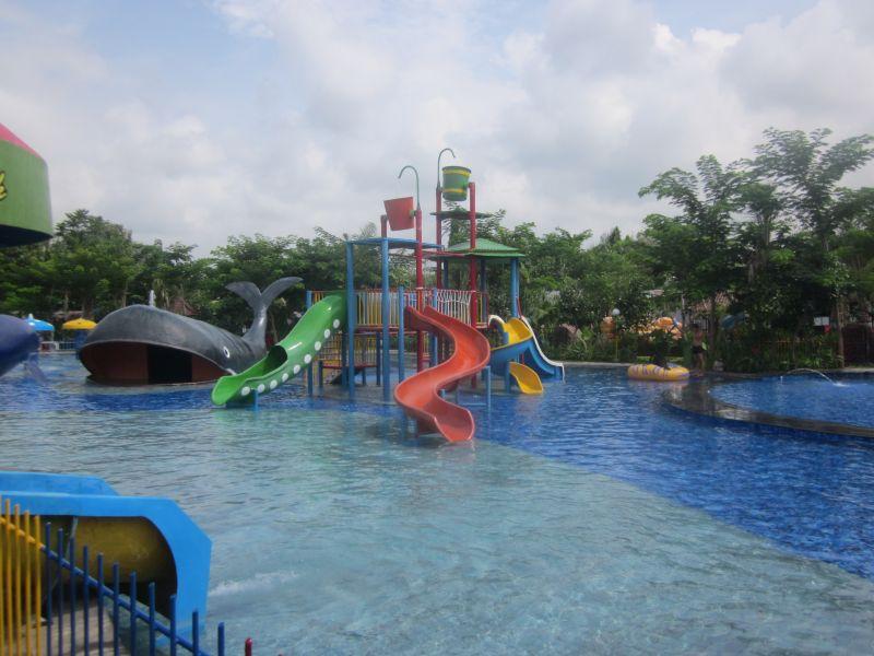 water park lovina